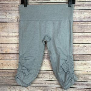 Lululemon In the Flow Gray Seamless Ruched Crop